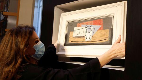 Donna italiana vince il quadro Nature Morte (1921) di Pablo Picasso in una lotteria di beneficenza - Sputnik Italia