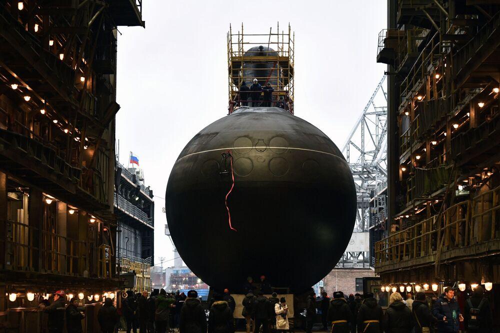 Cerimonia di varo del sottomarino diesel-elettrico Volkhov per la Flotta del Pacifico russa a San Pietroburgo