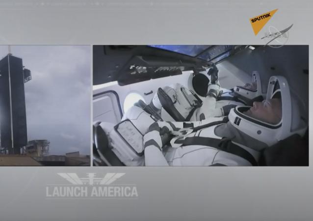SpaceX di ElonMusk: per la prima volta due astronauti a bordo