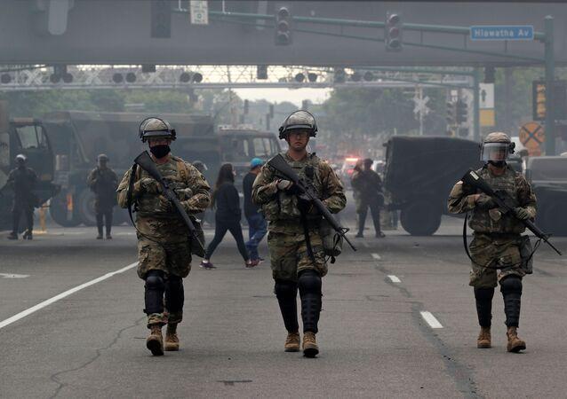 La guardia nazionale a Minneapolis dopo le proteste seguite all'uccisione di George Floyd dagli ex-poliziotti