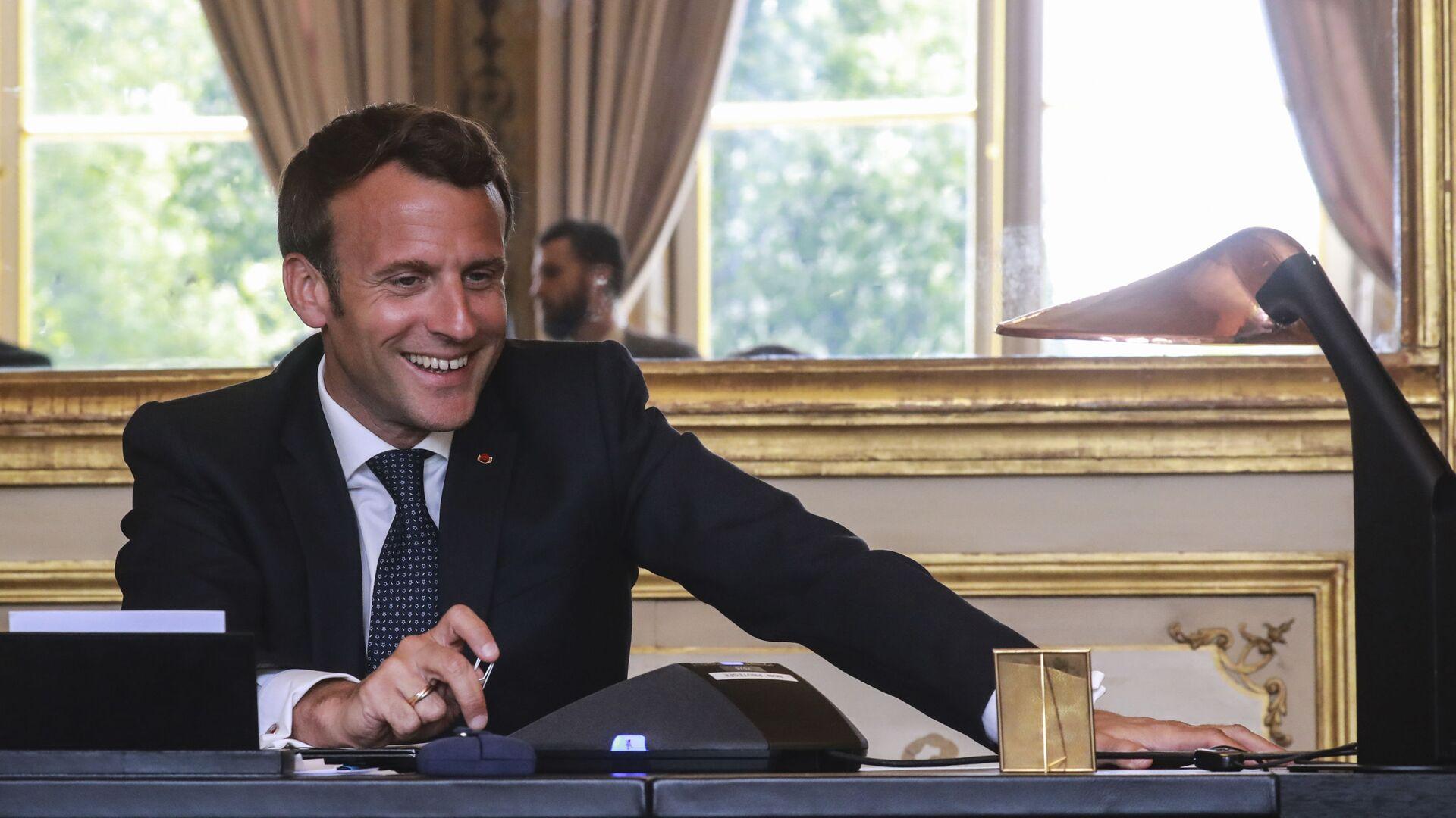 Emmanuel Macron - Sputnik Italia, 1920, 11.09.2021