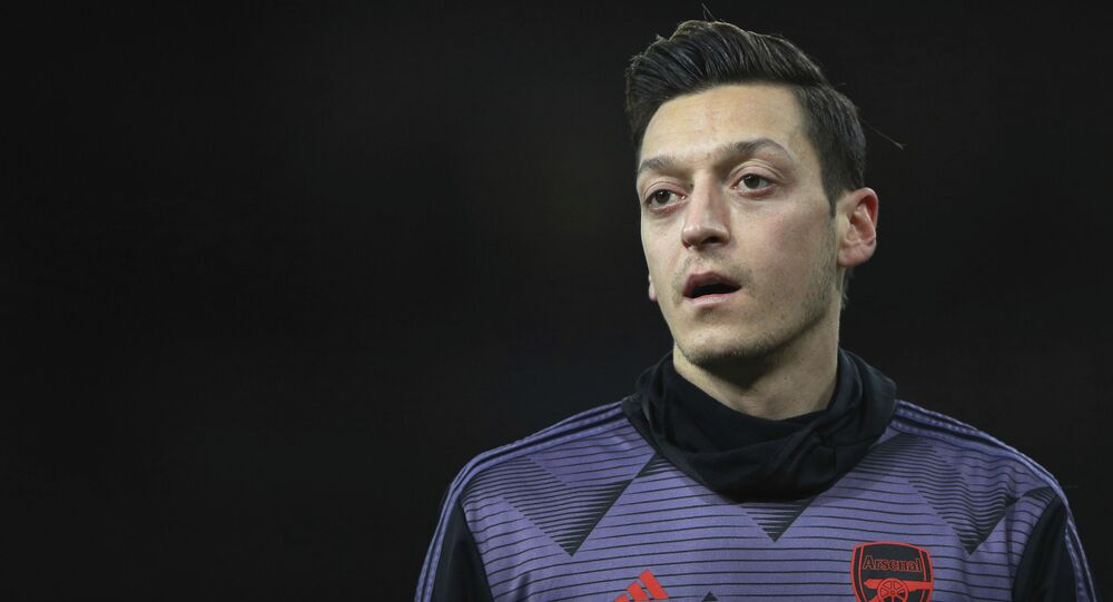 Calciatore dell'Arsenal Mesut Ozil