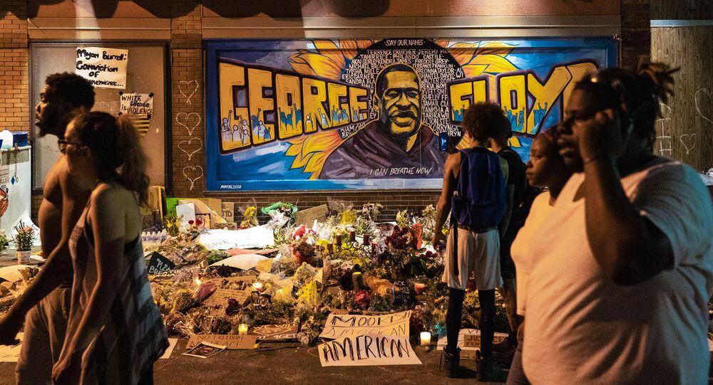 L'omaggio della street art a George Floyd