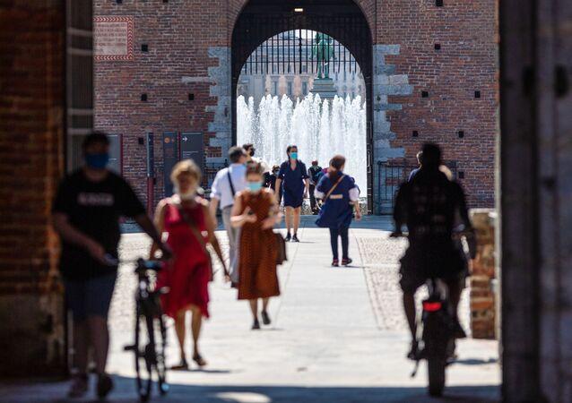 I visitatori del Castello Sfrozesco a Milano