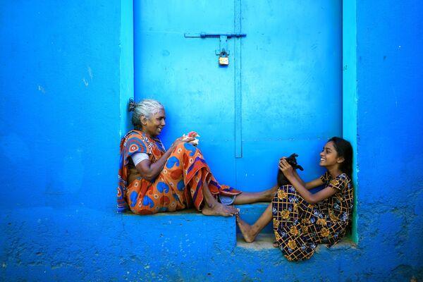 Un momento condiviso © Udayan Sankar Pal - Sputnik Italia