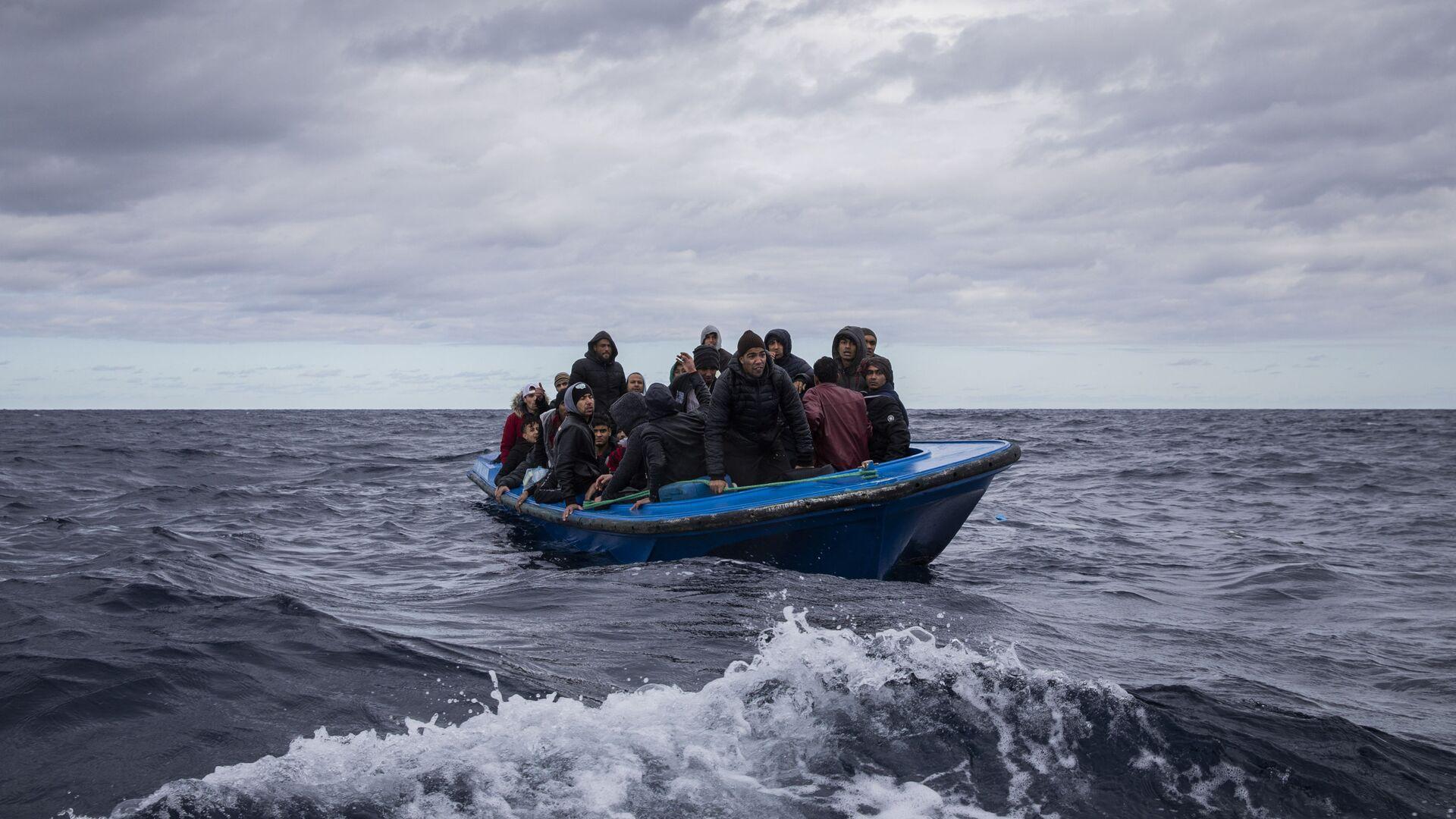Rifugiati da Marocco e Bangladesh - Sputnik Italia, 1920, 20.07.2021