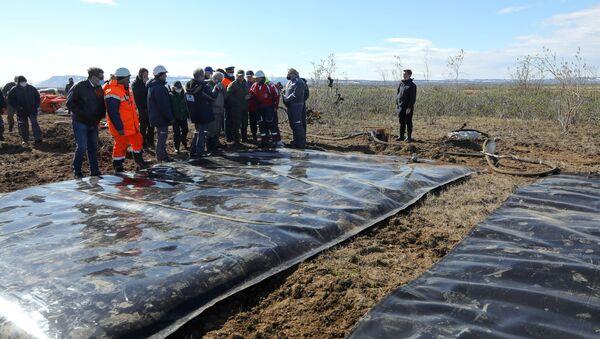 Oil spill response in Norilsk - Sputnik Italia