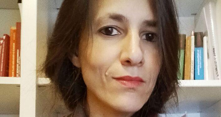 Dottoressa Sara Reginella, psicologa e psicoterapeuta relazionale