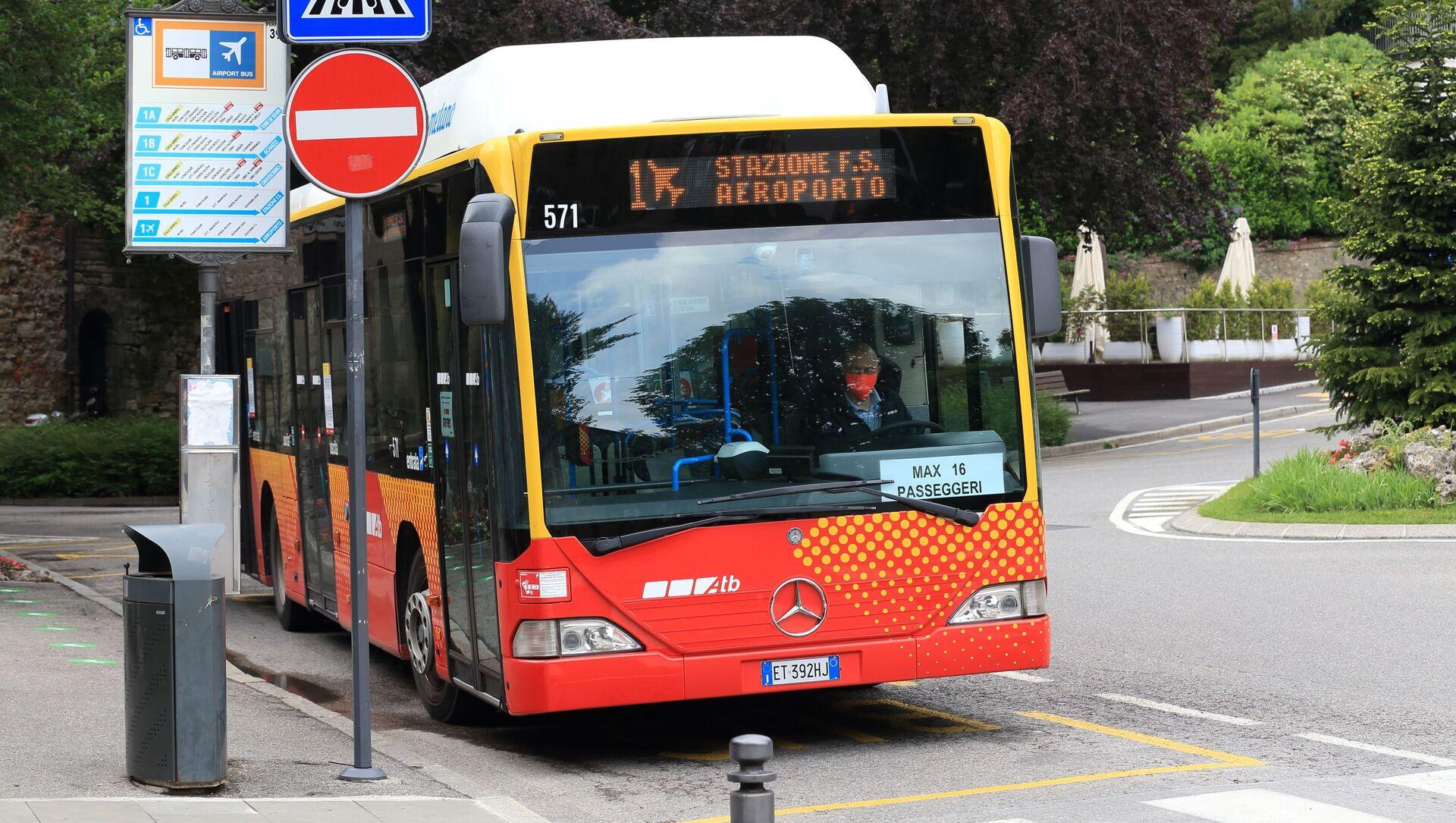 Un autobus del trasporto locale - Sputnik Italia, 1920, 11.05.2021