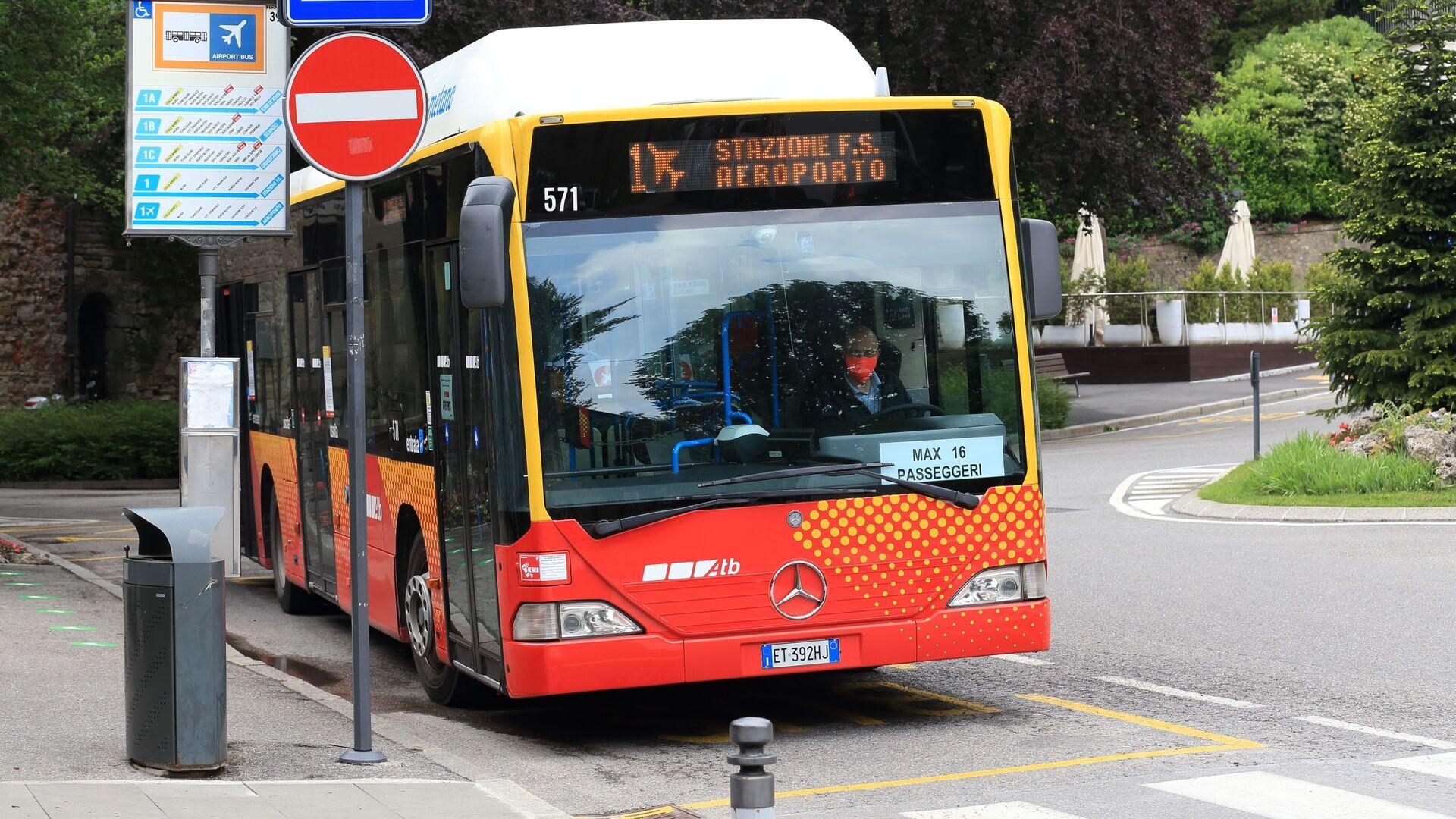 Un autobus del trasporto locale - Sputnik Italia, 1920, 24.08.2021