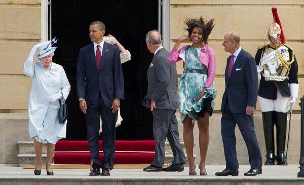 La regina del Regno Unito Elisabetta II, il presidente statunitense Barack Obama, la first lady degli Stati Uniti Michelle Obama e il principe Filippo, duca di Edimburgo al Palazzo Buckingham, 2011. - Sputnik Italia