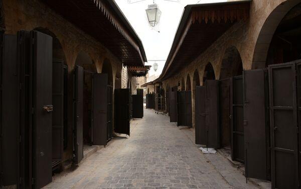 Punti di vendita al mercato Al Khabiah - Sputnik Italia