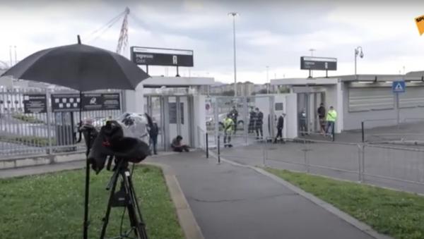 In Italia riparte il calcio, l'arrivo di Cristiano Ronaldo all'Allianz Stadium - Sputnik Italia