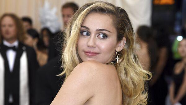 Miley Cyrus  - Sputnik Italia