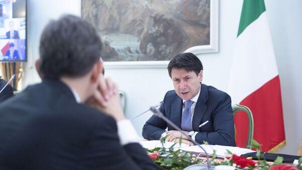 Presidente del Consiglio Conte alla seconda giornata dei lavori dell'iniziativa Progettiamo il Rilancio - Sputnik Italia
