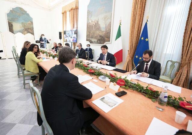 Presidente del Consiglio Conte alla seconda giornata dei lavori dell'iniziativa Progettiamo il Rilancio