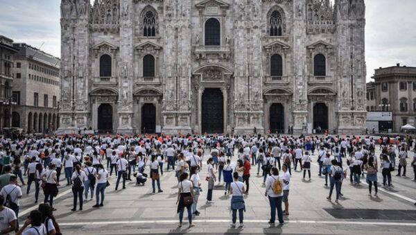 La manifestazione a Milano - Sputnik Italia