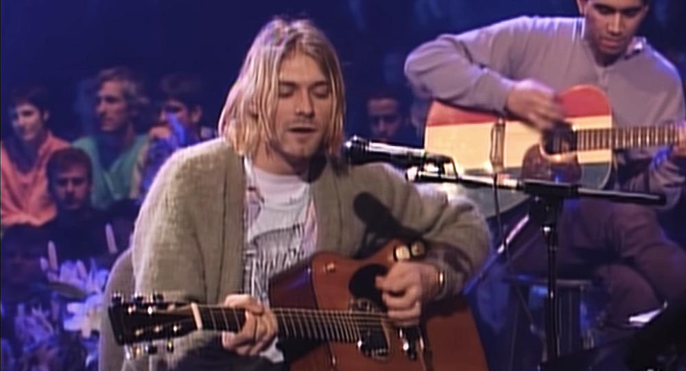 Musica, chitarra Kurt Cobain venduta per prezzo record all'asta -2