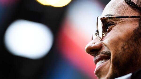Lewis Hamilton a Sochi - Sputnik Italia