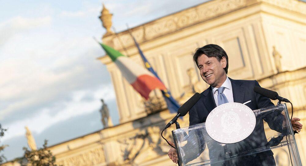 Il Presidente del Consiglio, Giuseppe Conte, durante la conferenza stampa coclusiva di Progettiamo il Rilancio