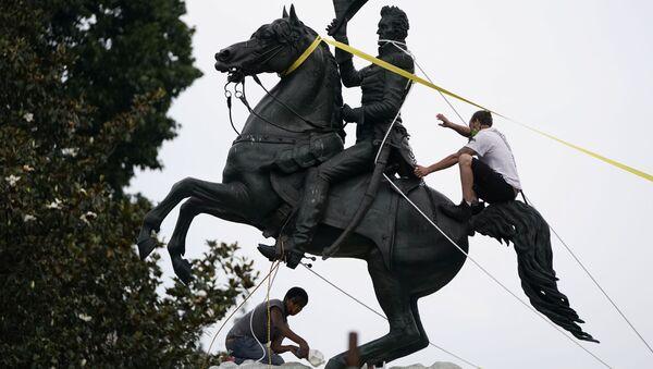 La statua di Andrew Jackson - Sputnik Italia