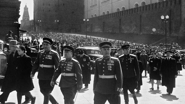 Москва. Красная площадь 24 июня 1945 года - Sputnik Italia