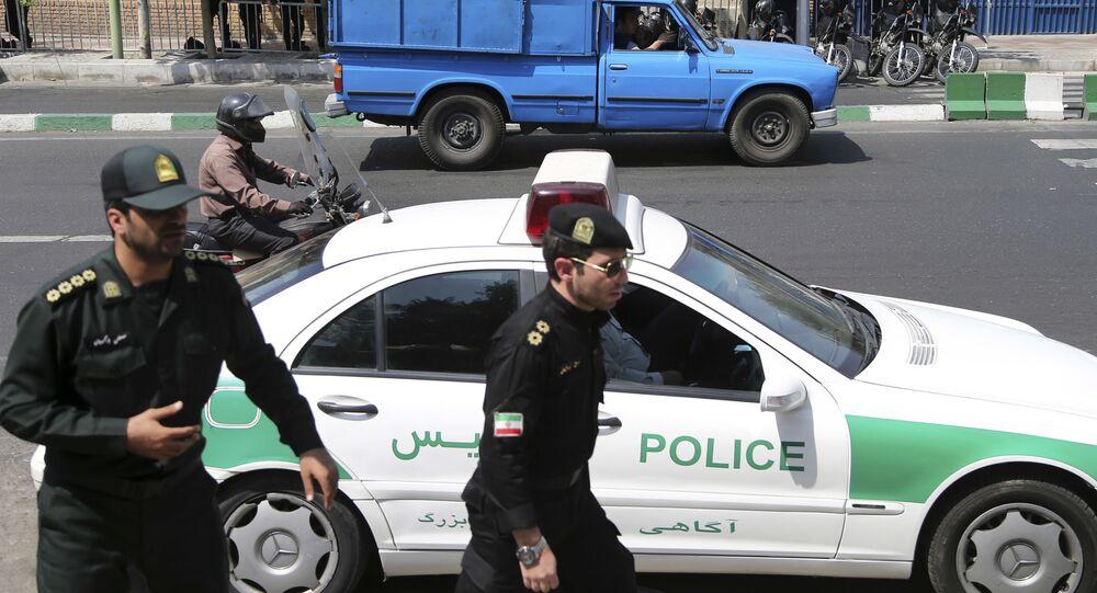 Polizia a Teheran (Foto d'archivio)