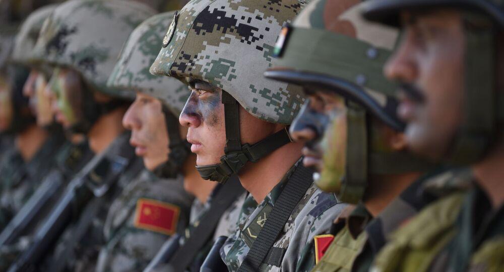 Esercito indiano e cinese