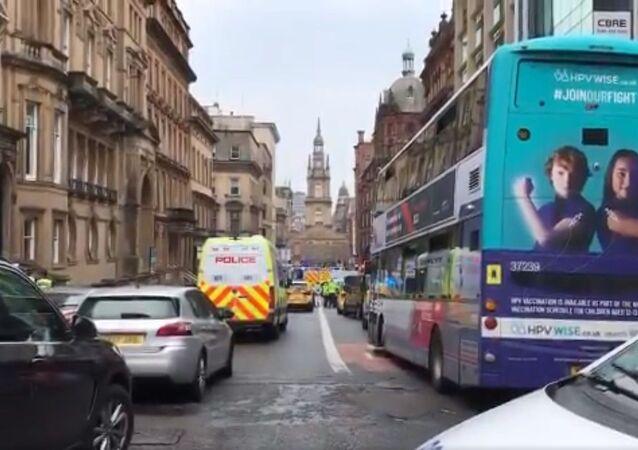 Polizia nel centro di Glasgow, sul luogo dell'attacco