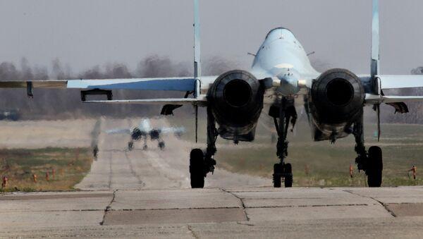 Un caccia russo Su-30 - Sputnik Italia