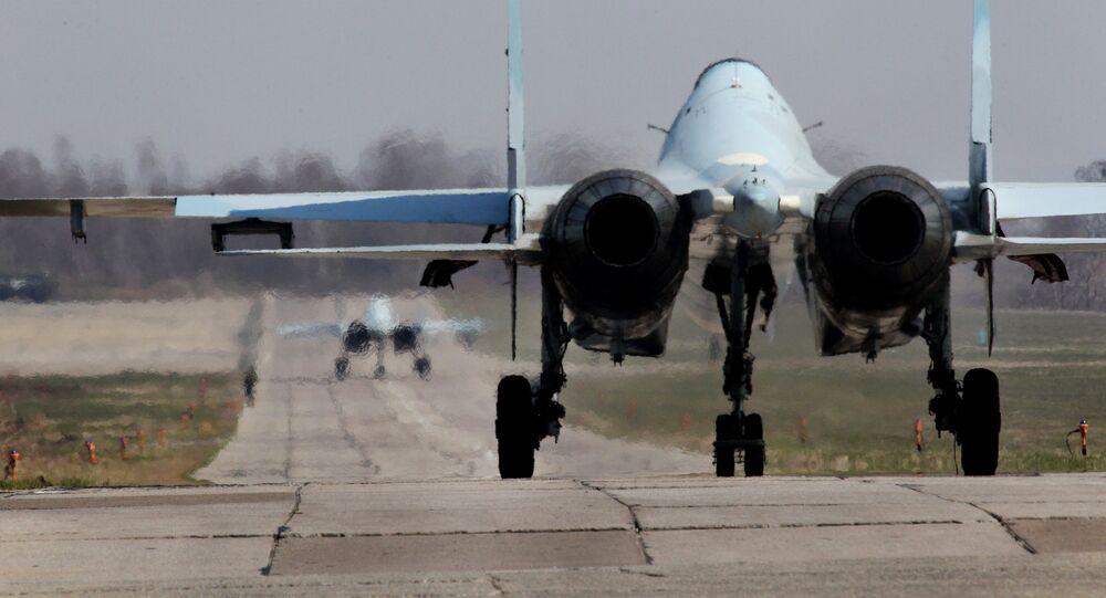 Un caccia russo Su-30
