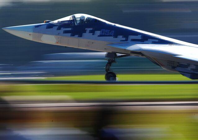 Caccia Su-57 (foto d'archivio)
