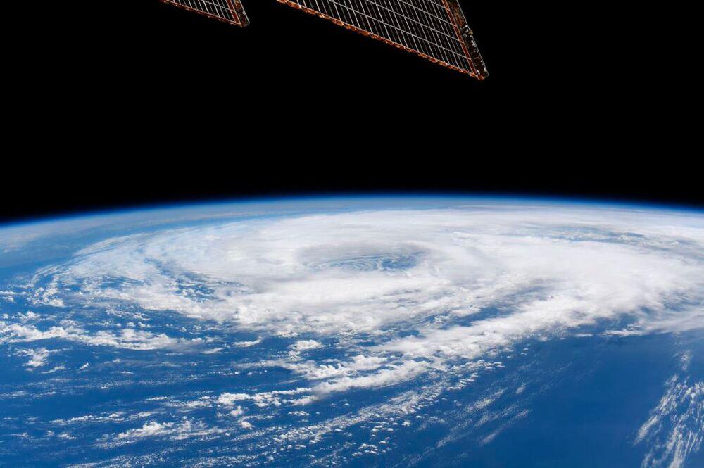 La tempesta tropicale Cristobal nel golfo del Messico vista dalla Stazione Spaziale Internazionale