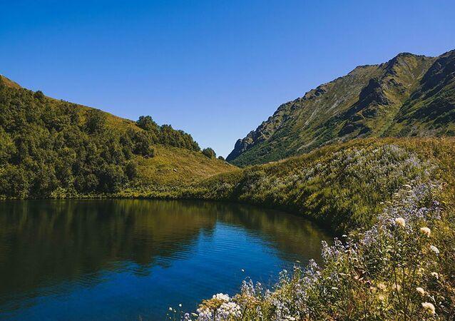 Il lago di Maloye a Sochi