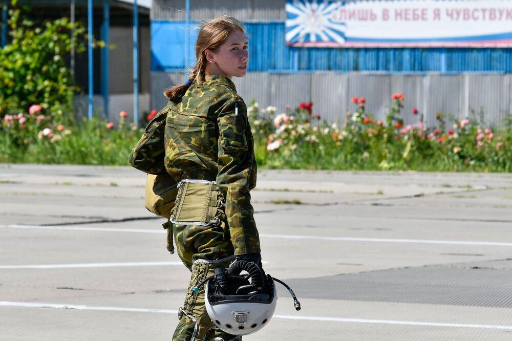 L'addestramento delle donne pilote presso l'Accademia aeronautica di Krasnodar, Russia