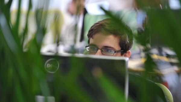 Impiegato in ufficio - Sputnik Italia