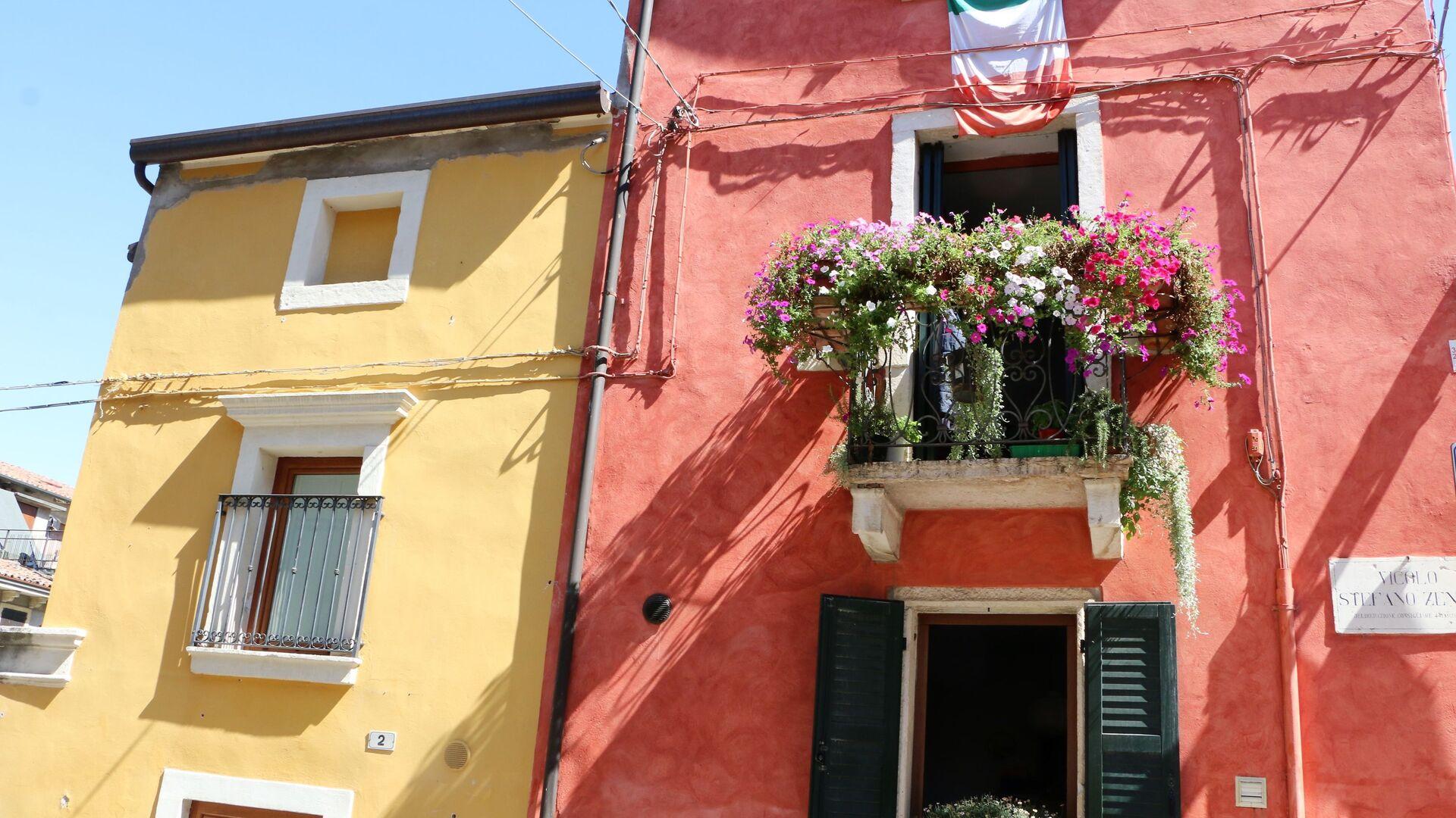 Le case con i balconi in Italia - Sputnik Italia, 1920, 17.08.2021