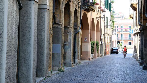 Una città in Italia - Sputnik Italia
