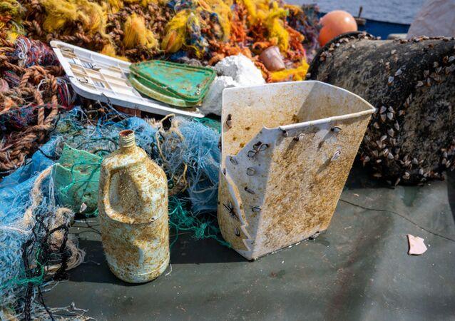 Great Pacific Garbage Patch: rimosse più di 100 tonnellate di rifiuti dall'isola di plastica più grande del mondo