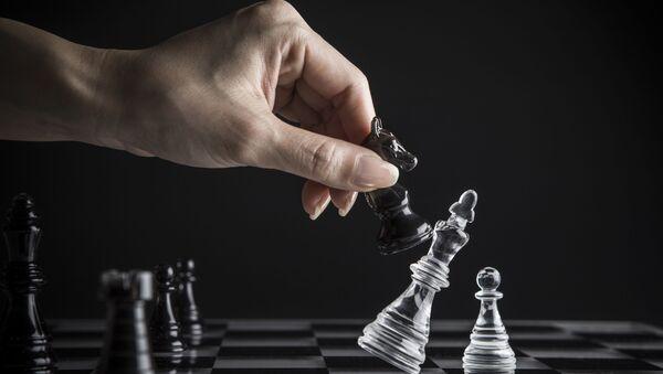 Игра в шахматы - Sputnik Italia