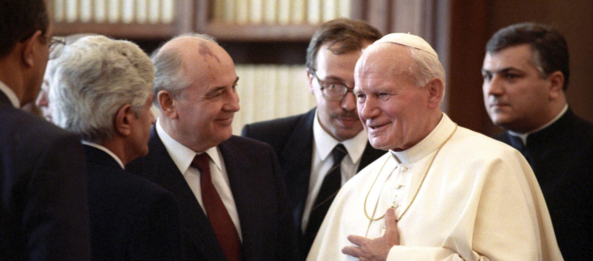 Papa Giovanni Paolo II in una foto di repertorio - Sputnik Italia, 1920, 16.10.2018