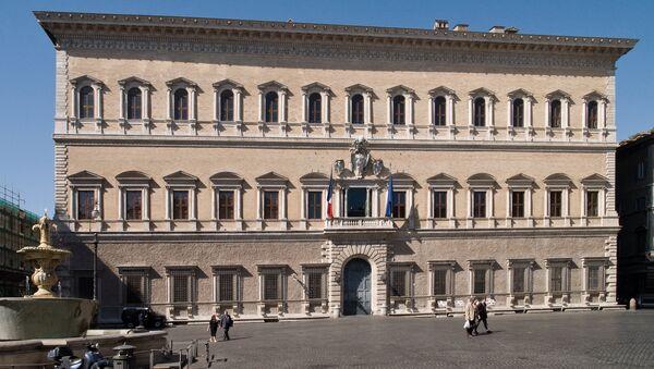 Palazzo Farnese a Roma, sede dell'ambasciata di Francia in Italia - Sputnik Italia