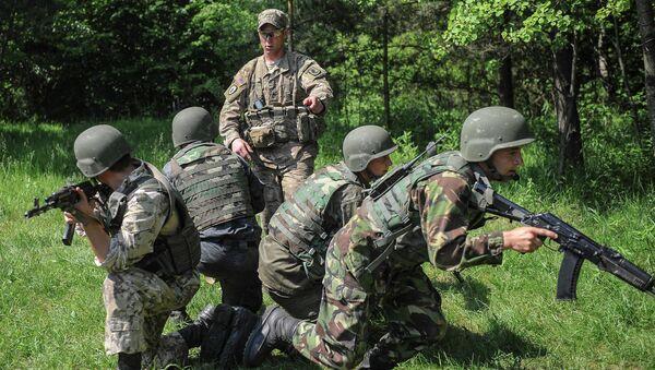 Addestramento soldati ucraini - Sputnik Italia