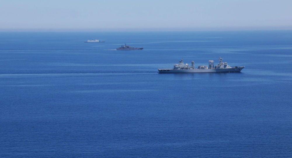 Esercitazioni navali russo-cinesi (foto d'archivio)