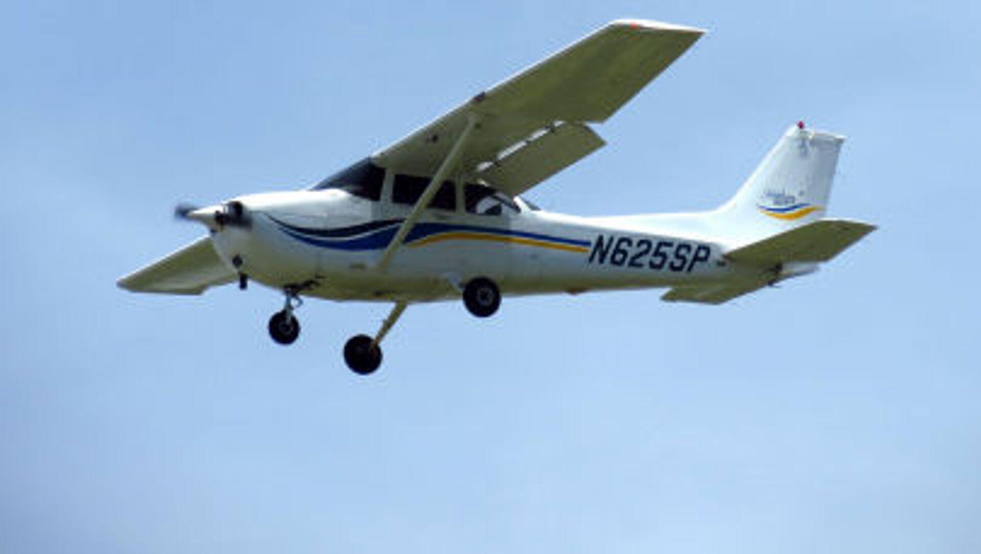 aereo  Cessna 172 - Sputnik Italia, 1920, 01.04.2021
